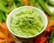 соус-дип из зеленого горошка