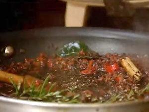 Овощи тушить до готовности чатни