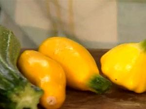 Для салата использовать молоденькие кабачки