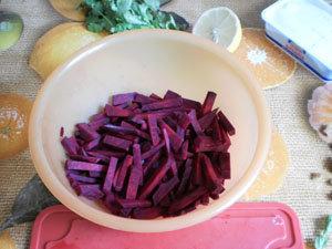 Как нарезать свеклу для салата
