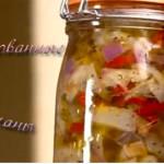 Баклажаны с чесноком, маринованные в ароматном масле