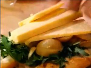 Бутерброд с чеддером - хорошая закуска