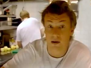 Джейми посещает друга в пекарне, чтобы испечь хлеб
