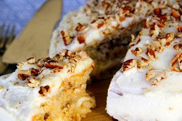Готовится торт просто, получается красивый и очень вкусный!