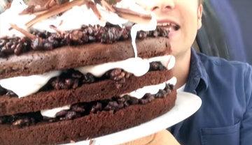 Праздничный торт с шоколадом - лучшее украшение застолья!