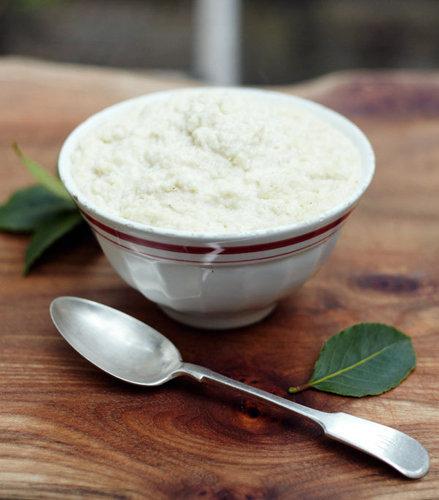 Рецепты к Новогоднему столу. Как приготовить соус с хлебом и молоком