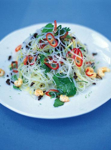 Салат с фунчозой рецепт с креветками