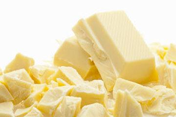 Масло и белый шоколад растопить