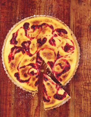 Пирог с лимоном и ягодами
