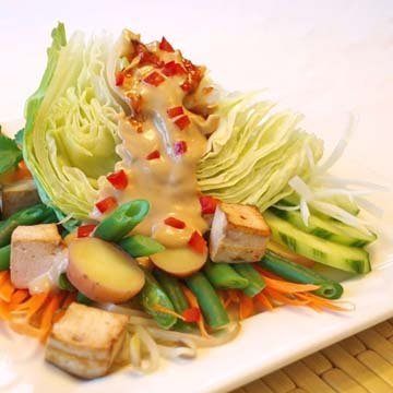 Рецепт овощного салата Gado Gado