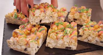 Рецепты сладостей. Rainbow Rocky Road