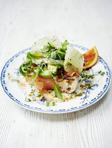 Салат с рыбой и авокадо — Рецепты Джейми Оливера