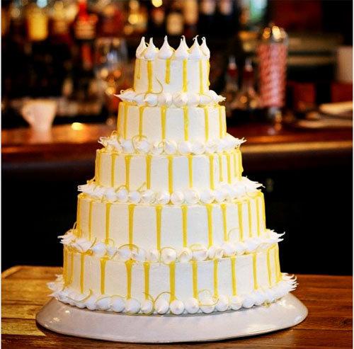 Этот торт  испек Эд для Джейми на день его рождения - на его 40-летие!