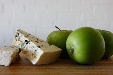 рецепт с яблоком и сыром