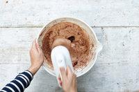Простой шоколадный торт с кремом8