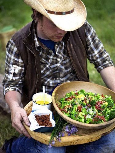 Салат из брокколи — Рецепты Джейми Оливера