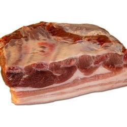 1 кг свиной грудинки