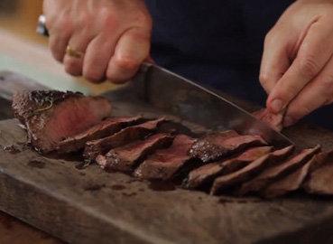 Вот как готовить стейк - идеальный стейк