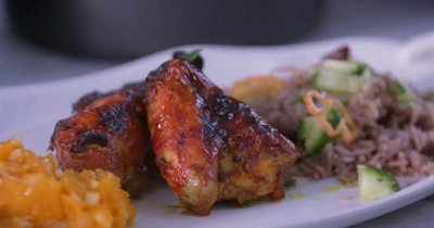 Вот как готовить курицу по рецепту гренадской кухни