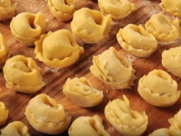 Как готовить домашние тортеллини 6