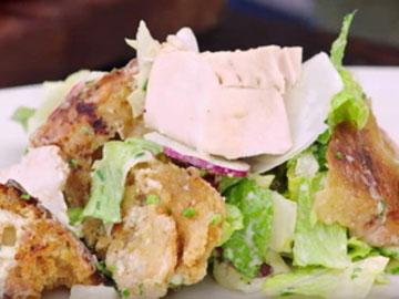 салат Цезарь с курицей 5