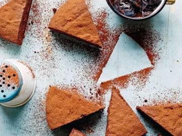 Пирог с черносливом - прекрасная выпечка
