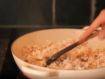 индейку готовить 4-5 минут