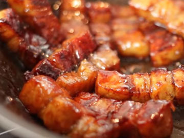 обжарить с медом и соевым соусом