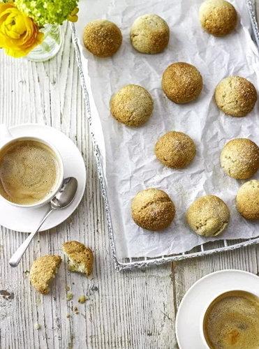 Печенье с орехами Амареттини