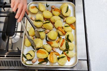 Жареный картофель с шалфеем и апельсином 4