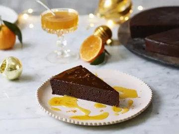 Шоколадный торт с клементинами