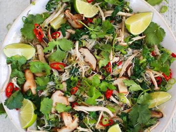 Полезный азиатский салат