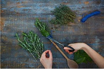 как сделать травяную кисточку 4