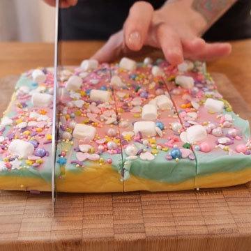 Как сделать помадку цветную. Шаг 9