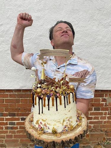 Торт на день рождения Джейми Оливера