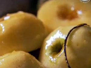 Заглазированные яблоки для тарта