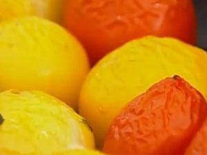 Запеченные помидоры для запеканки с колбасками
