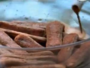 Залить кофе печенье савоярди