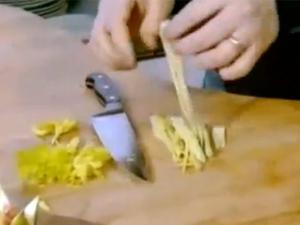 Сельдерей для освежения вкуса при дегустации сыров