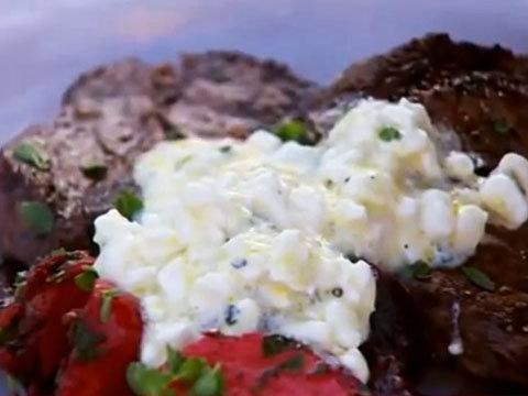 Запеченная свекла - салат из свеклы, стейки и творожный соус-крем