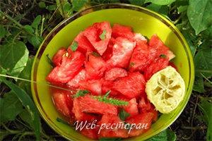 Десерт Салат из арбуза