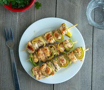 Шашлыки из курицы с кабачками очень вкусные