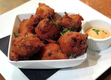 Пончики Hush puppies - блюдо Южных Штатов Америки
