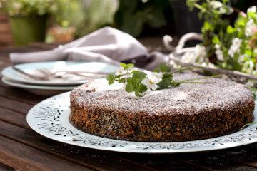 Готовый маковый торт