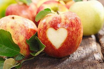 Приготовьте моченые яблоки в банках