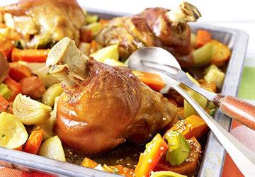 вкусное блюдо из свиной рульки