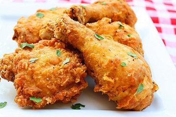 Продолжать готовить курицу еще 30 минут в духовке