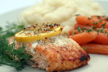 Рыбу запекать 15-20 минут