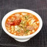 Суп из рыбы и колбасы по-испански