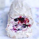 Рецепт рулета с ягодами Летний